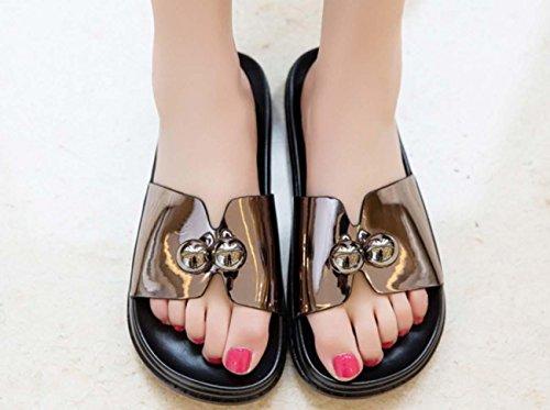 NobS Una grande dimensione sandali metallo della pelle verniciata di caratteri Pantofole DONNA gun color