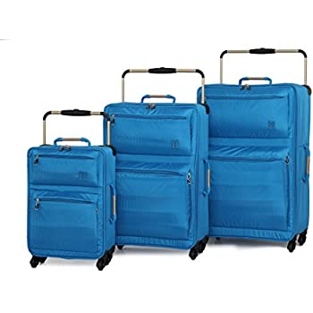 IT Luggage World's Lightest Set of 3 Four Wheel Spinner Suitcases Blue