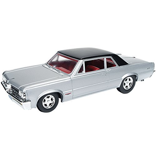 collectible-1964-silvermist-grey-pontiac-gto-124-scale-muscle-car-die-cast