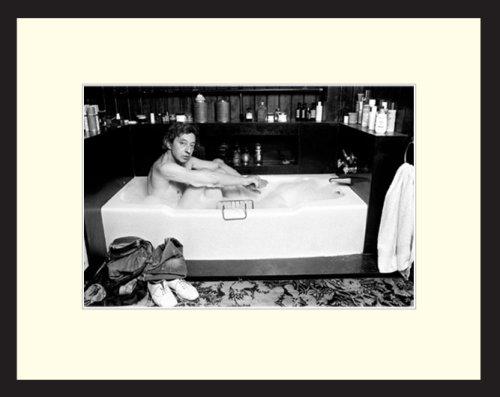 Yellow Korner - Xavier Martin - Serge - Photographie encadrée - cadre en aluminium noir - 40x50 cm
