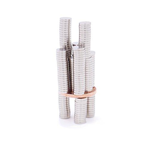 Brudazon - 200 mini magneti dischi da 5x1 mm | magneti in neodimio ultra potenti - grado magnetico n52 | magneti per modellismo, foto, lavagne magnetiche | piccoli, rotondi ed extra potenti