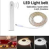Yukio Baumarkt - Wasserdichte LED Lichtleiste mit Bewegungssensor,LED Bettbeleuchtung Bett Licht, Sofa LED Leuchtband, Motion Sensor Nacht Streifen Licht für Haus Deko (3m Warmes Weiß)