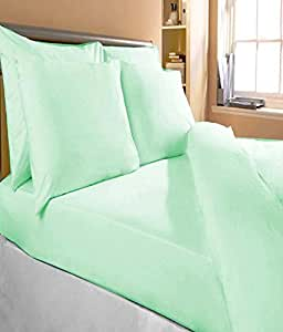 """Bombay Dyeing Plain Cotton Double Bedsheet With 2 Pillow Covers - 100 x 90"""", Green"""
