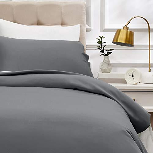 AmazonBasics - Bettwäsche-Set, Fadendichte 400, Baumwollsatin, 135 x 200 cm und einem Kissenbezug, 50 x 80 cm, Dunkelgrau -
