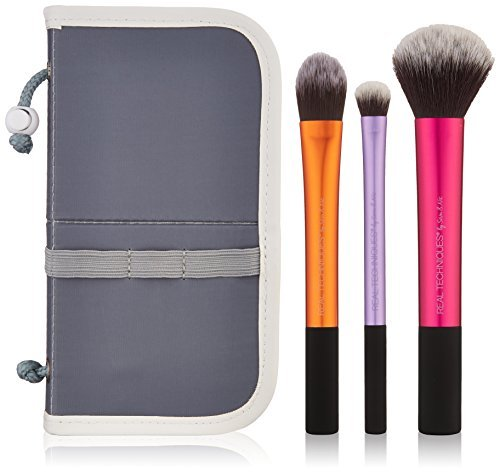 Real Techniques Travel Essentials Kit
