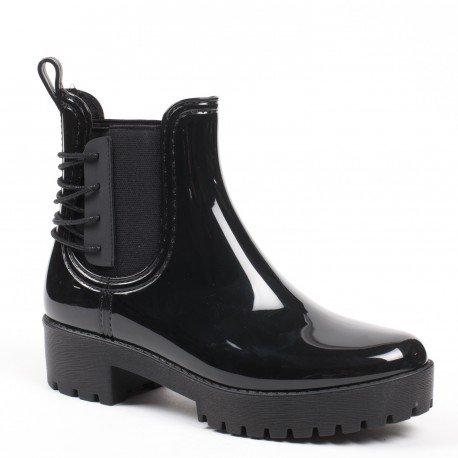 Ideal Shoes - Bottines de pluie chelsea avec franges et semelle crantrée Donie Noir