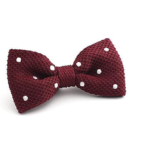 Stilvolle, gepunktete Herren Strickfliege von DNDYCNDY in Dunkel Rot Weiß | Einfache Handhabung dank Schnellverschluss | Vorgebunden | Bordeaux,