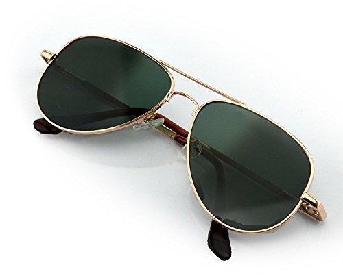 Función: Estos espía gafas parecen un par ordinario de gafas de sol. Sin embargo, tienen una característica única. se puede ver detrás de usted. Las lentes de estas gafas espía tienen un revestimiento especial que le permite mirar hacia adelante y to...