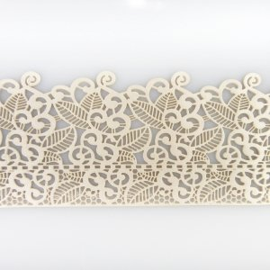 tige essbare Spitze für filigrane Spitzen-Deko von Torten   38 x 8 cm fertige Zucker-Spitze mit Blüten & Blätter Farbe: Perlmutt  elastisches Icing fertig zum Gebrauch   Sweet Lace ()