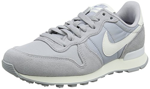 Nike Damen Internationalist Sneaker, Grau (Wolf Grey/Summit White/Summit White/Sail 023), 40 EU (Basketball-tennis-schuhe Frauen)