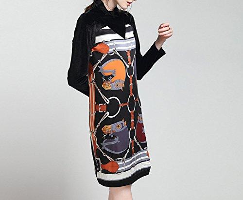 Le Donne In Velluto Stampato Il Vestito A Collo Alto Black