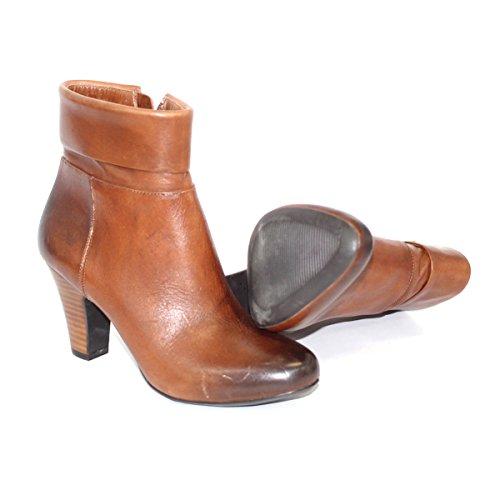 BCBGeneration pull-ON tacco stivali alla caviglia, taglia 3,5, da 129 Marrone (marrone)