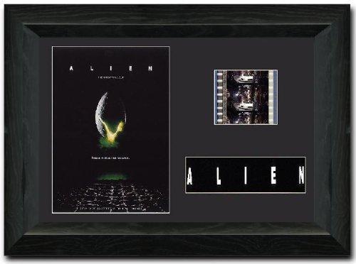 Schaukasten-Film-Alien-mit-35-mm-Filmrollenausschnitt-unterzeichnet-von-Sigourney-Weaver-Sammlerstck