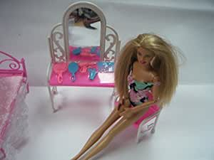 Pink Barbie Sindy Sized Doll Plastic Furniture Dressing Table & Chair (Doll Not included) Posted from London by Fat-Catz