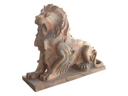 Lion marbre de la pleine pierre tapée