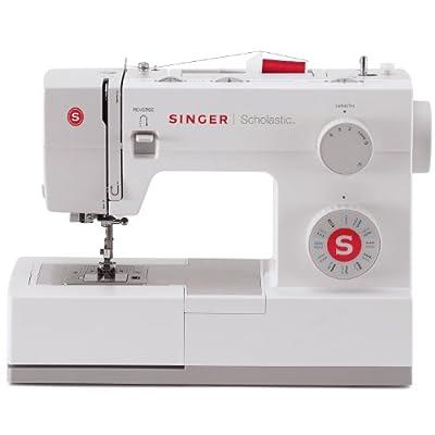Maquina de coser 4423 de Singer