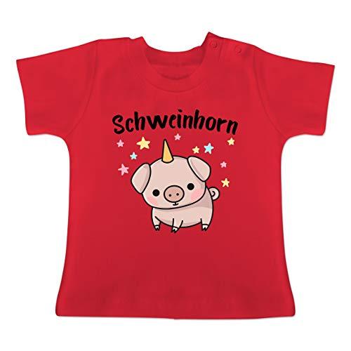 g Baby - Schweinhorn - 1-3 Monate - Rot - BZ02 - Baby T-Shirt Kurzarm ()