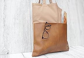 Tasche aus Baumwolle in SAND mit 2 Außentaschen aus Kunst-Leder in COGNAC.