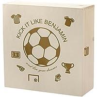 Preisvergleich für Kramkiste 25 x 25 cm als Geschenk für Jungen - Holzbox mit Gravur - Motiv live your dream, kleiner Fußballer