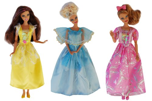 vetements-barbie-la-collection-des-princesses-set-de-3-robes-poupees-non-incluses