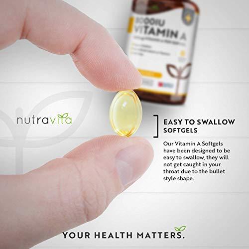 414WvVNG5QL - Vitamina A 8000 UI - Suministro para 1 año - 365 cápsulas blandas de la máxima potencia, fáciles de tragar - 2400μg de vitamina A en cada cápsula - Producto elaborado por Nutravita en el Reino Unido