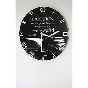 """Wanduhr - """"Bildung ist die stärkste Waffe, um die Welt zu verändern"""" (28cm)"""