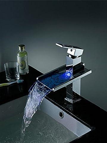 FACAI168 Robinet de chute d'eau robinet de cuivre chaud et froid Lampe LED sous le robinet de lavabo de la cuisinière Robinet monocommande pour le bassin de l'auditoire