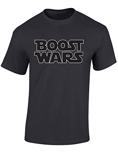 Petrolhead: Boost Wars - Geschenk für Autoliebhaber - T-Shirt für alle Tuning-, Drift-, und Motorsport Fans - Auto T-Shirt Herren Shirt - Geschenk Auto - Auto-Fahrer (M)