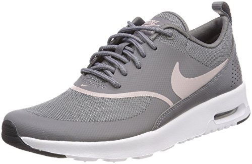 Womens Schuh Grau Nike (Nike Damen Sneaker Air Max Thea, Grau (Gunsmoke/Particle Rose-Black 029), 42.5 EU)