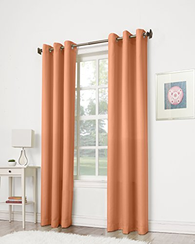 No. 918 Montego Casual Textured Grommet Curtain