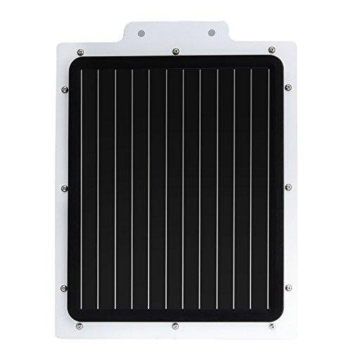 Este foco para exteriores con sensor PIR tiene un panel solar, 3W Potencia de luz rater, 250lúmenes, 36LED y una calificación de IP65resistente al agua.