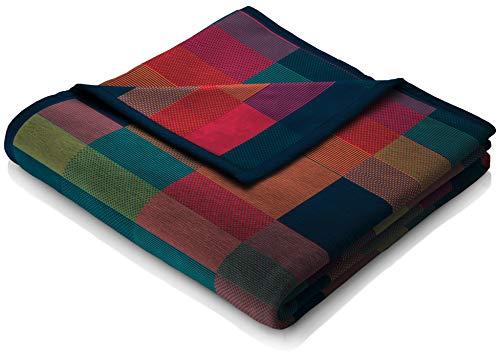 "biederlack® flauschig-weiche Kuschel-Decke I Made in Germany I Öko-Tex Standard 100 I nachhaltig produziert I Wohn-Decke ""Color Squares Blue"" aus Baumwolle in grün-blau, Sofa-Decke in 150x200cm"