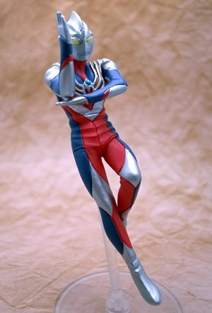 gashapon-hgcore-ultraman-korin-silvery-white-giant-hen-ultraman-tiga-multi-type-single-item