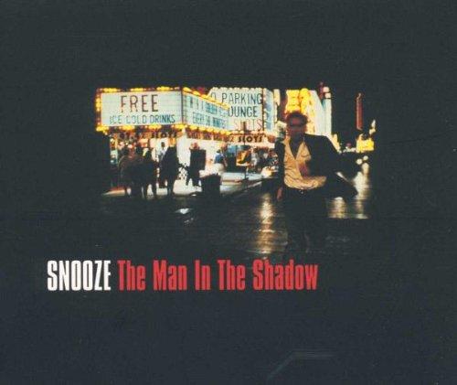 Preisvergleich Produktbild The Man in the Shadow