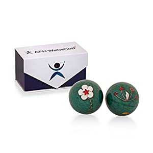 Meditation Qi-Gong-Kugel Paar mit Klangwerk | Klangkugeln | Yin Yan | Design BLUME GRÜN | mit hochwertiger und wiederverschließbaren Aufbewahrung Magnetbox