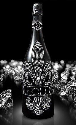 Das Sekt Geschenk-Set | Diamond Cuvée Le Club mit über 1000 geschliffenen Schmuckkristallen mo-dern Muttertag tarn-et | Der Luxus Sekt in matt schwarz für Mann und Frau | limitierte Edition | Geburtstag Valentinstag | (OHNE Gläser)