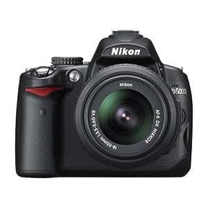 Nikon D5000 SLR-Digitalkamera (12 Megapixel, Live-View, HD-Videofunktion) Kit inkl. 18-55mm 1:3,5-5,6G VR Objektiv (bildstab.)