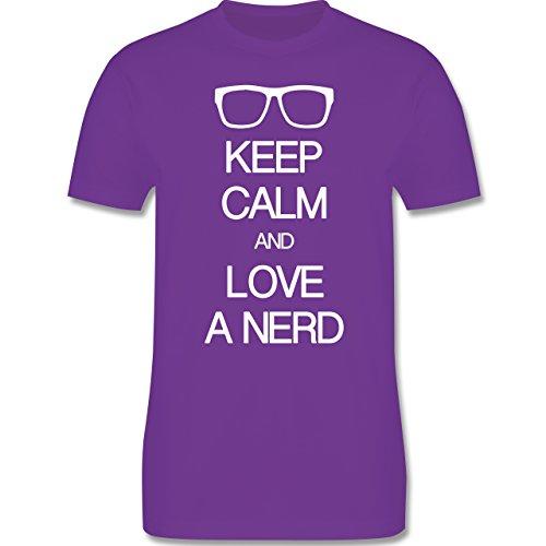 Nerds & Geeks - Keep calm and love a nerd - Herren Premium T-Shirt Lila