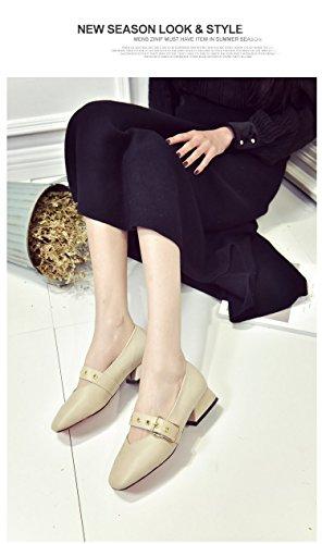 Un Plat Peu Profond Boucle Carrée Bouche Rétro Avec Korean Grand - Mère Crocs Beige -A