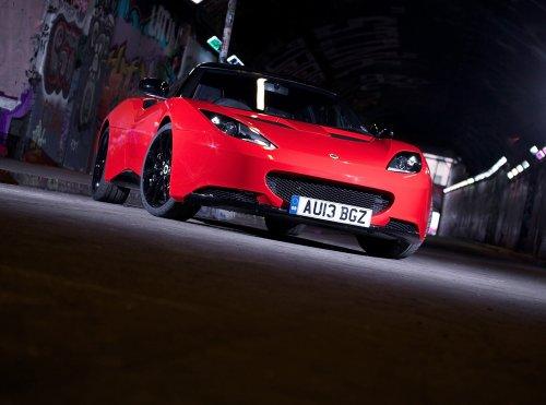 clasico-y-musculo-anuncios-de-coche-y-coche-arte-lotus-evora-deportes-racer-2013-coche-poster-en-10-