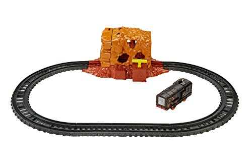 Thomas & Friends FJK24 Tunnel Blast Set, Thomas the Tank Engine Toy Train Set, Trackmaster Toy Train, 3 Year Old