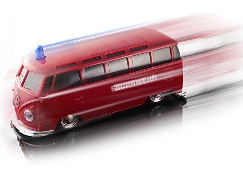 RC Auto kaufen Spielzeug Bild 3: Maisto Tech R/C VW Bus Feuerwehr: Ferngesteuertes Auto mit Licht & Sound, Maßstab 1:24, Pistolengriff-Fernsteuerung, 5.8 km/h, 20 cm, rot (582091F)*