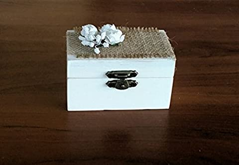 White wedding ring box decorated with vinagi flowers, jute fabric
