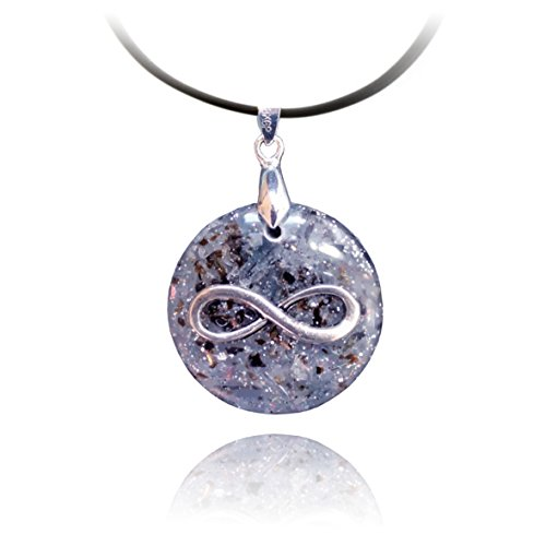 Limitless Orgone pendant with Kyanite