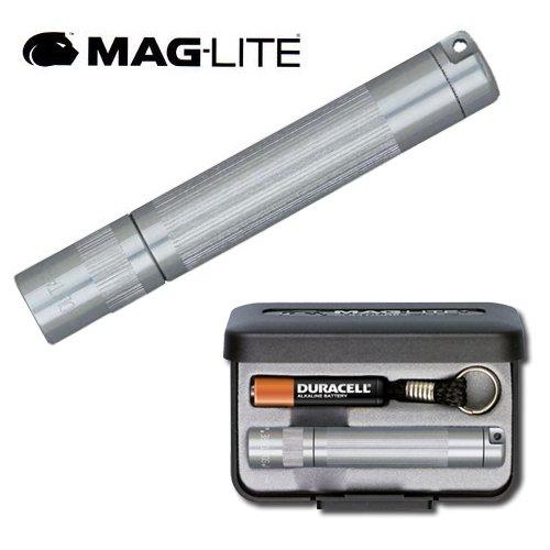 Maglite-Lampe Torche de Poche Porte-cles Maglite Solitaire - Grise - 8 cm + Coffret + Pile AAA + Ampoule