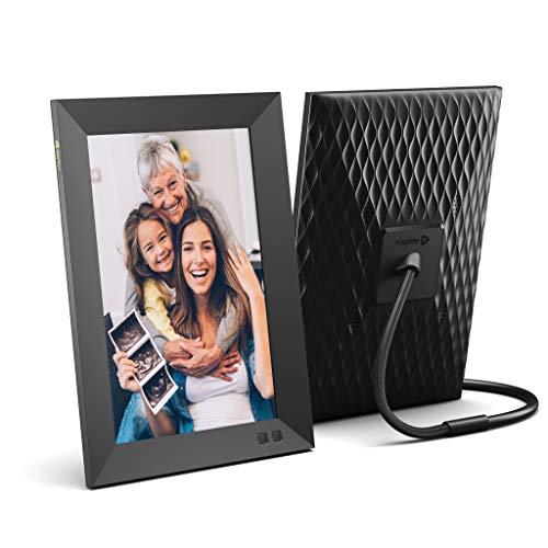 Nixplay Digitaler Smart Bilderrahmen 10.1 Zoll - Teilen Sie Momente sofort über die App oder E-Mail
