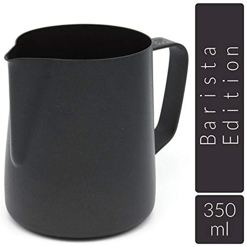 Lambda Coffee Milchkännchen für Barista Teflon beschichtet schwarz für Milchschaum, Milchschaumkännchen aus Edelstahl zum Milch aufschäumen und Latté Art, Milchkanne und Milk Pitcher 350 ml -