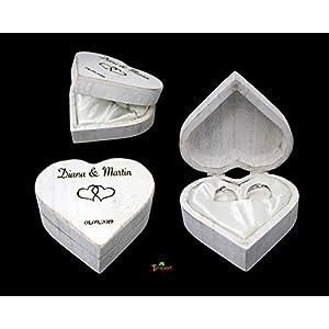 RINGBOX aus HOLZ Herz Rustikale Hochzeit Ringkissen mit GRAVUR Vintage Ringschachtel für Eheringe Holzbox für Trauringe Ringkästchen für Verlobung Personalisiert in Shabby weiß