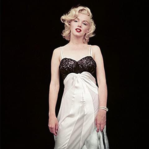 The essential Marilyn Monroe by Milton H Greene : 50 sessions
