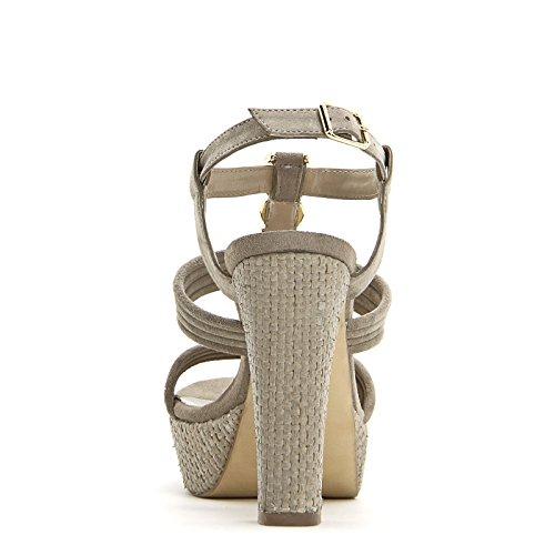 ALESYA by Scarpe&Scarpe - Sandalen mit Absatz, vergoldetem Detail und Pateausohle, Leder, mit Absätzen 12 cm Beige